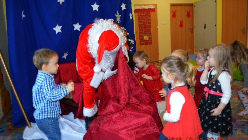 Spotkanie z Mikołajem w Klubie Malucha