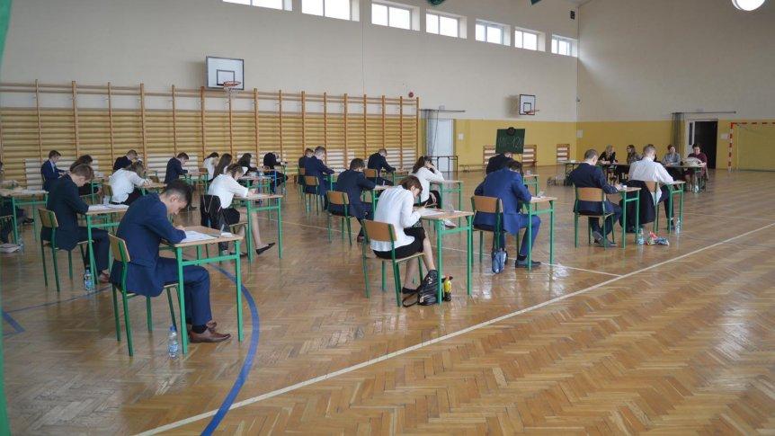 Egzamin gimnazjalny w gminie Odrzywół zgodnie z planem.