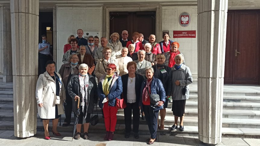 Seniorzy z wizytą w Senacie RP
